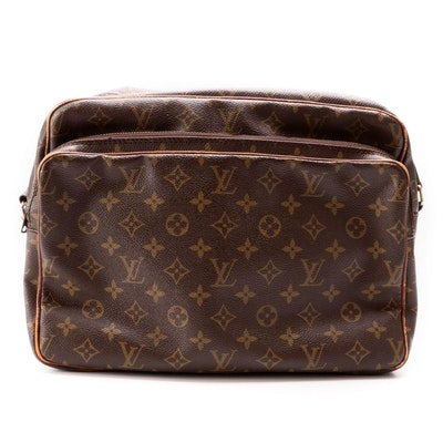 Louis Vuitton Nile Crossbody Bag in Monogram Canvas and Vachetta Leather