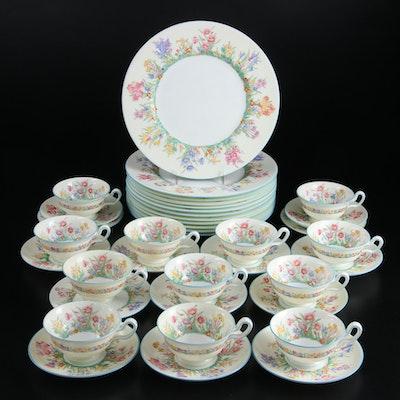"Wedgwood ""Prairie Flowers"" Bone China Plates and Teacups, 1938-1950"