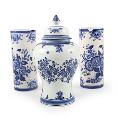 Delft's Blauw Hand-Painted Ceramic Ginger Jar, and Other Vases, Late 20th C.