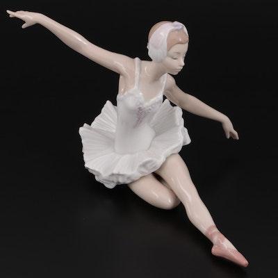 """Lladró """"Swan Ballet"""" Porcelain Figurine Designed by José Luis Alvarez"""