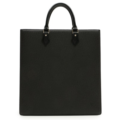 Louis Vuitton Sac Plat in Black Taïga and Smooth Leather