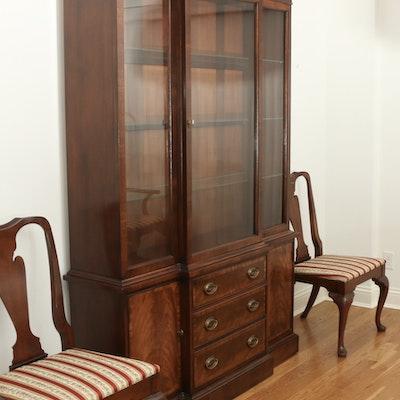 Hickory Chair Company Mahogany Breakfront China Cabinet, Late 20th C.