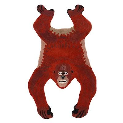 3' x 4'10 Hand-Tufted Orangutan Shaped Accent Rug, 2010s