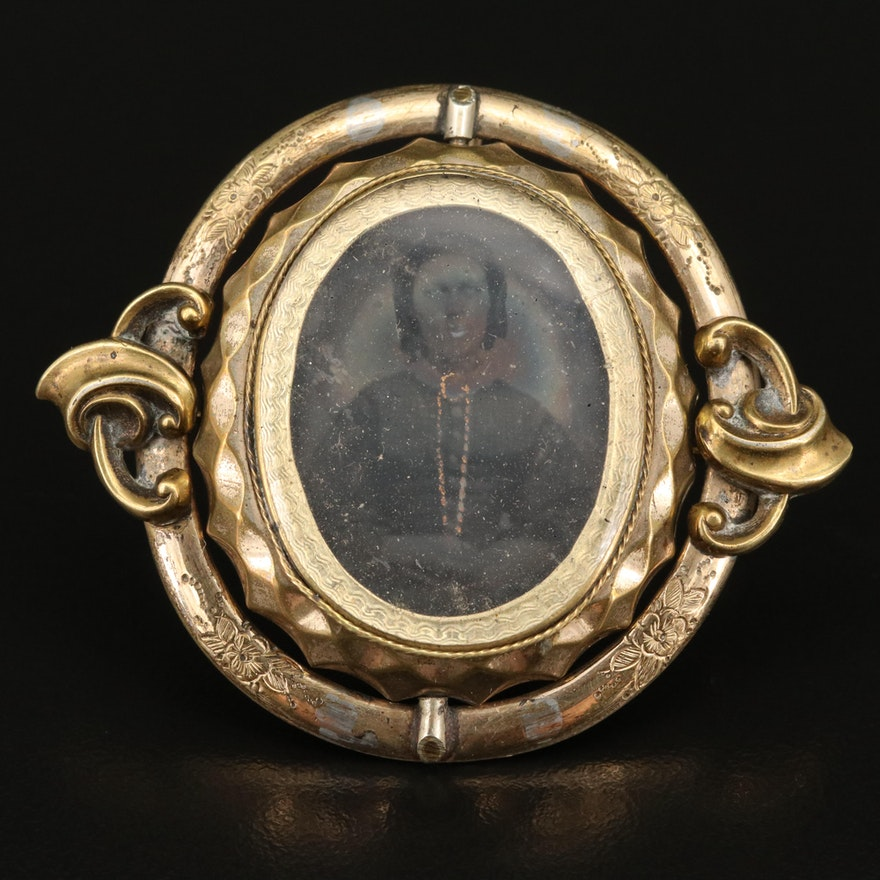 Victorian Daguerreotype Converter Mourning Brooch with Reversible Centerpiece
