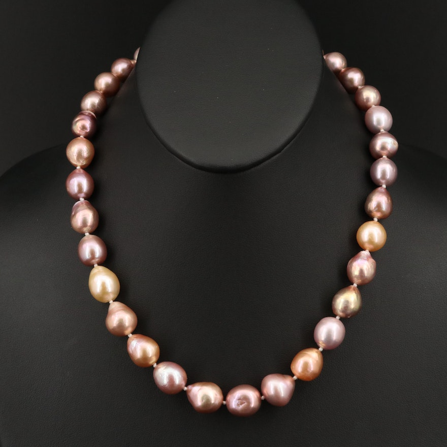 Single Strand Graduated Pearl Necklace with 14K Clasp
