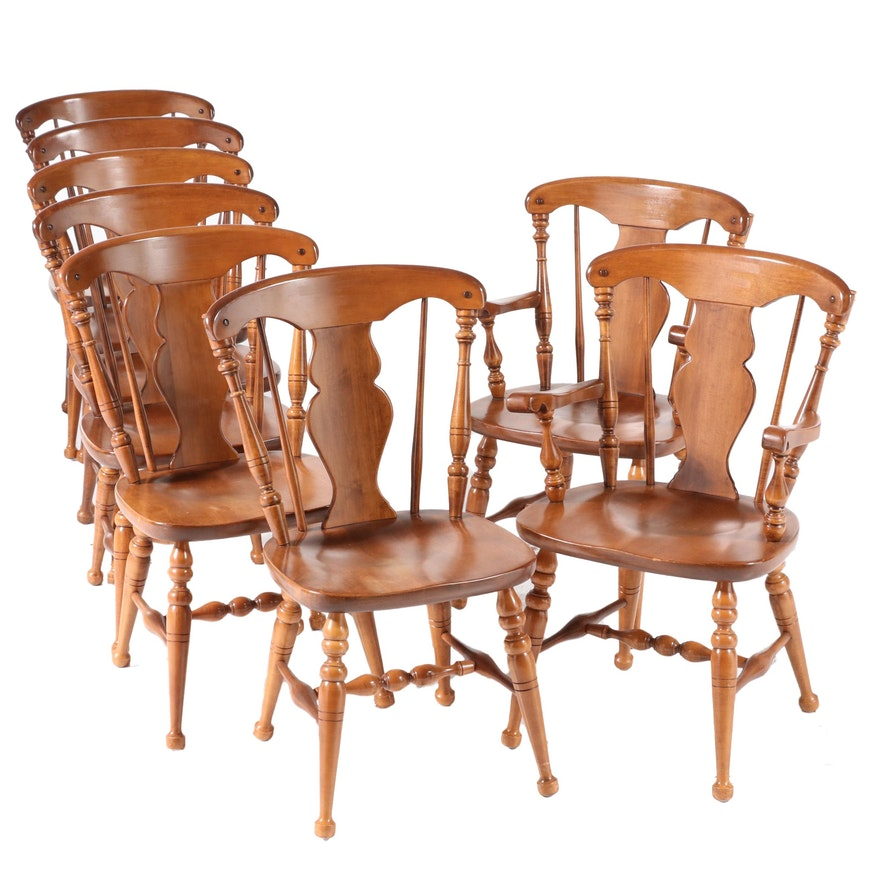 Eight Heywood-Wakefield Queen Anne Style Maple Dining Chairs, Mid-20th Century