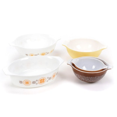 """Pyrex """"Town and Country"""", """"Woodland"""" and Other Bakeware and Mixing Bowls"""