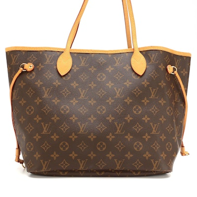 Louis Vuitton Neverfull MM Tote in Monogram Canvas with Vachetta Leather Trim