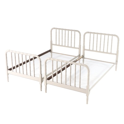 """Pair of Grey-Painted Metal Twin Size """"Jenny Lind"""" Bed Frames, 20th Century"""