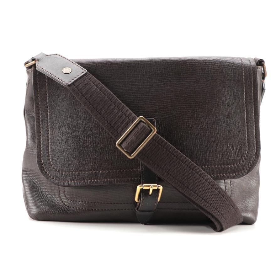 Louis Vuitton Omaha Messenger Bag in Coffee Brown Utah Leather