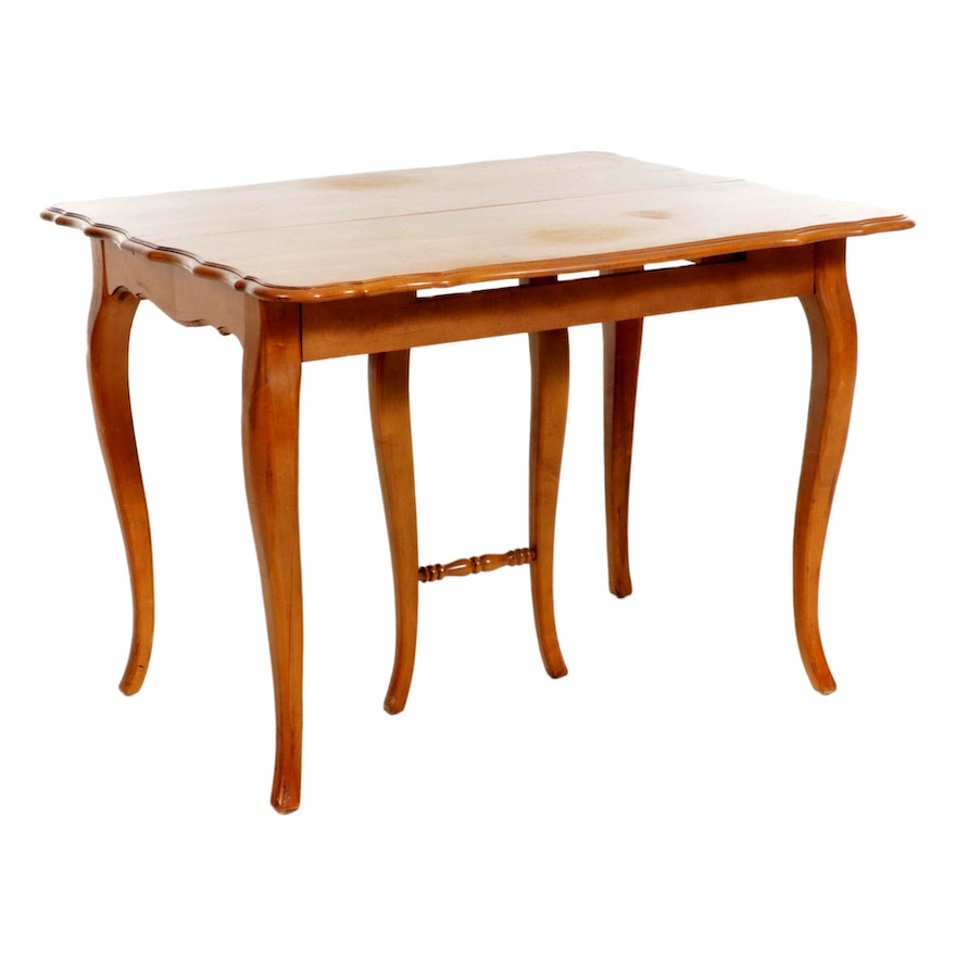 St. Johns French Provincial Style Maple Dining Table, Mid to Late 20th Century