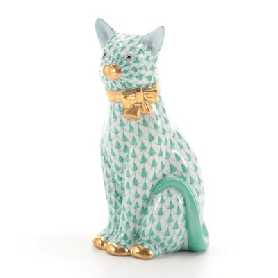 """Herend Green Fishnet with Gold """"Cat with Ribbon"""" Porcelain Figurine, 1992"""