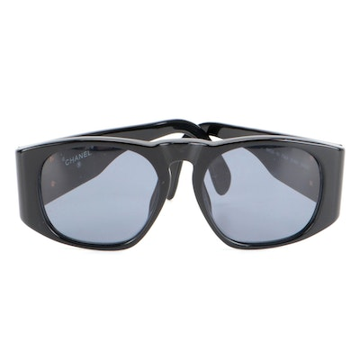 Chanel 01450 CC Quilted Black Sunglasses with Case