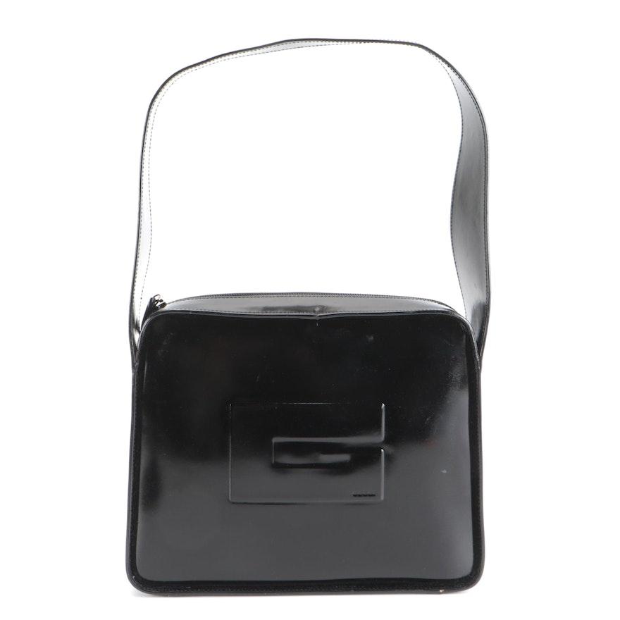 Gucci G Logo Shoulder Bag in Glazed Black Leather