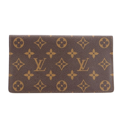 Louis Vuitton Checkbook Cover and Card Holder in Monogram Canvas