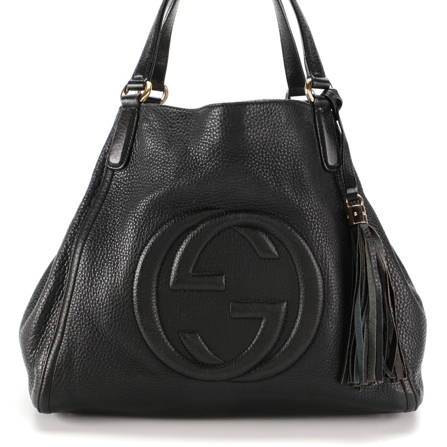 Gucci Soho Shoulder Bag in Black Pebbled Leather with Tassel