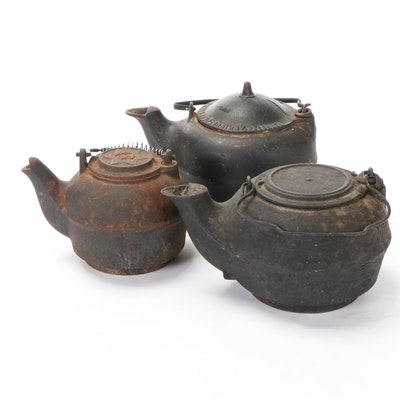 Tennessee Agricultural Works, and Other Cast Iron Kettles, Late 19th Century
