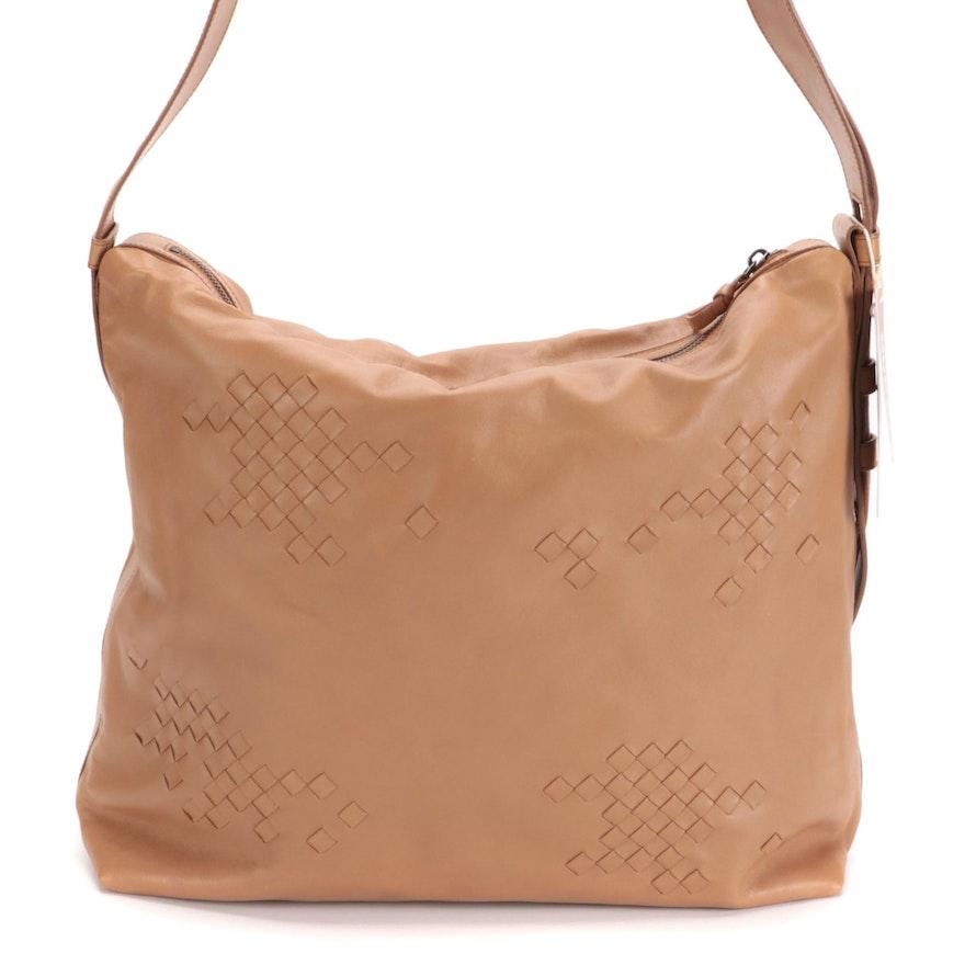 Bottega Veneta Zip Top Messenger Bag in Mocha Leather with Intrecciato Detail