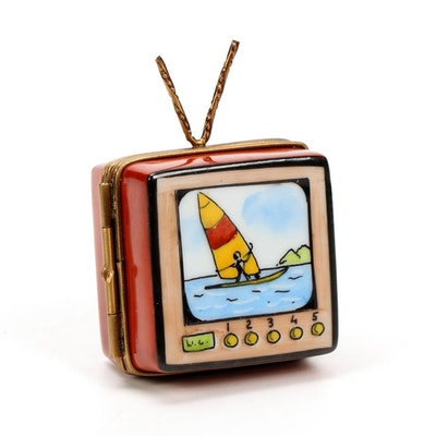 Eximious Hand-Painted Television Set Limoges Porcelain Box