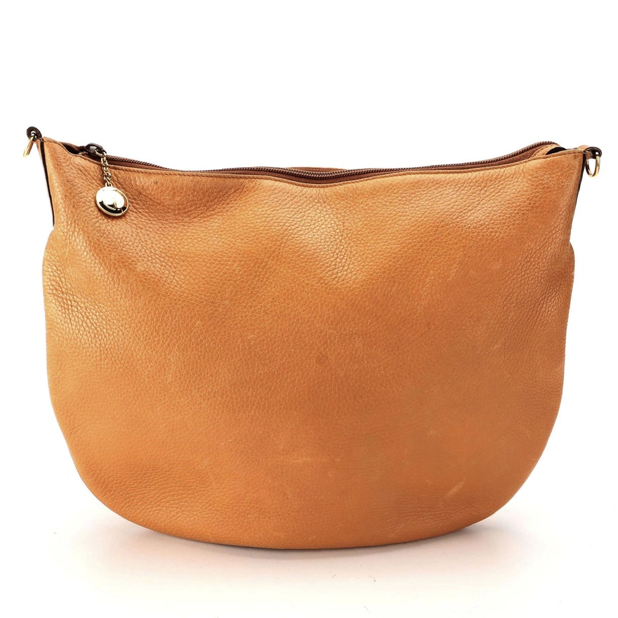 Gucci Grained Leather Shoulder Bag