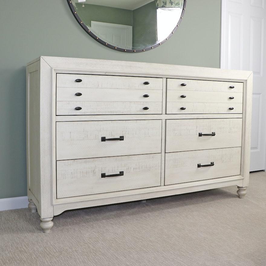 Liberty Furniture Wooden Dresser