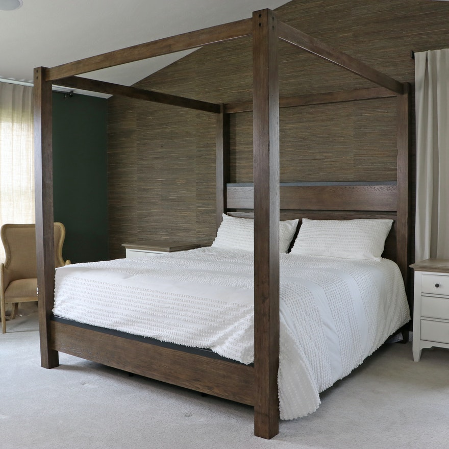 Contemporary King Size Wooden Canopy Bed with Englewood Collection Mattress