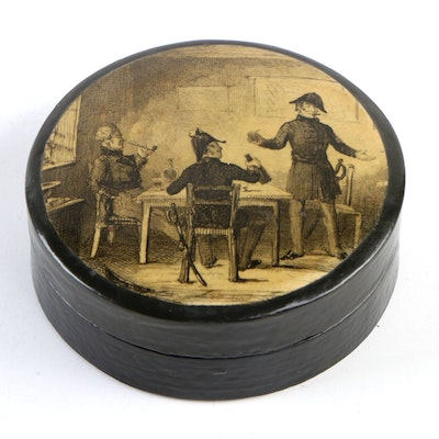 Victorian Lacquered Papier-Mâché Box, Late 19th/Early 20th Century