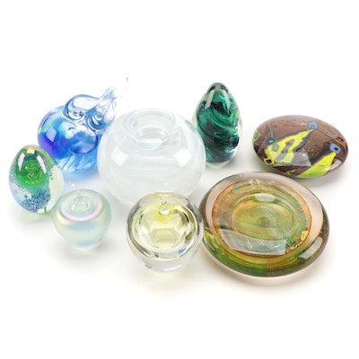 """Liuli Living """"Auspicious Cloud In Motion"""" Paperweight with Others"""