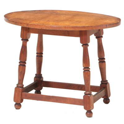Queen Anne Style Walnut Side Table, 20th Century