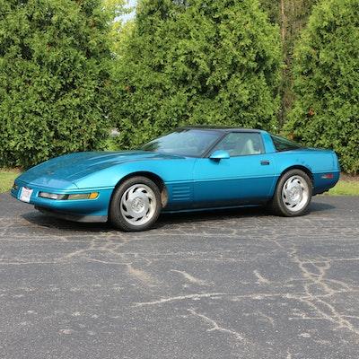 1994 Chevrolet Corvette Coupe in Bright Aqua Metallic