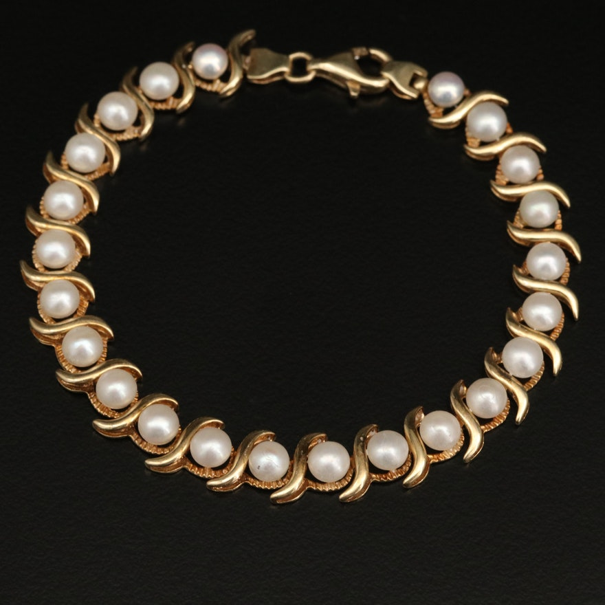 14K Button Pearl Line Bracelet