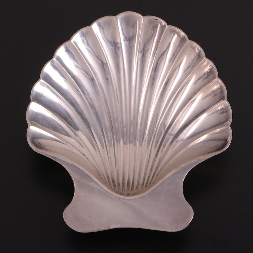 Tiffany & Co Sterling Silver Shell Form Dish, Mid-Late 20th Century