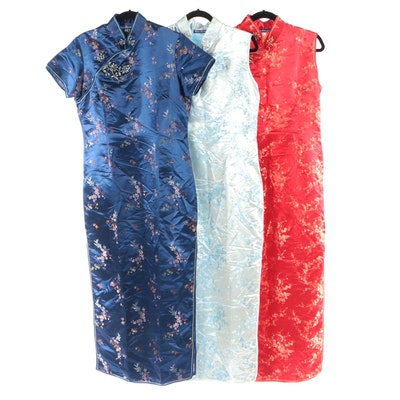 Blue Dragon Cheongsam Set in Floral Red, White, and Blue