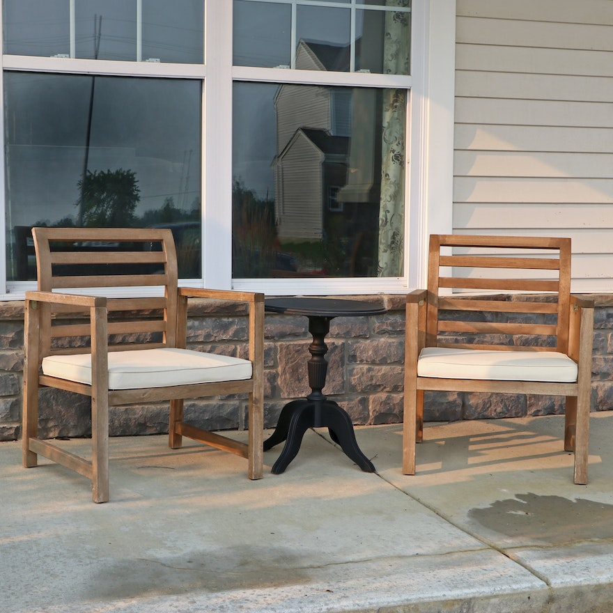 Wooden Patio Armchairs with Seat Cushions and Plastic End Table