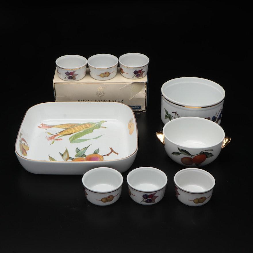 Evesham Porcelain Pan and Dish, Royal Worcester Bowl and Ramekins Set