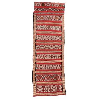 2'8 x 7'9 Handwoven Moroccan Zemmour Kilim Carpet Runner