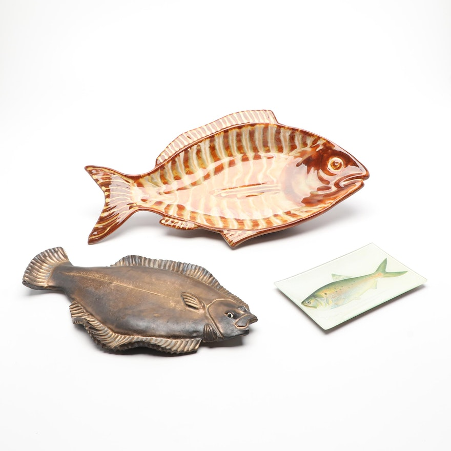 Hand-Painted Fish Platter with Glass Fish Tray and Wall Hanging