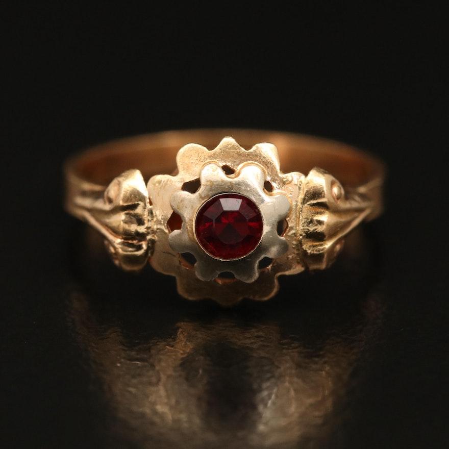 Vintage 18K Red Glass Ring