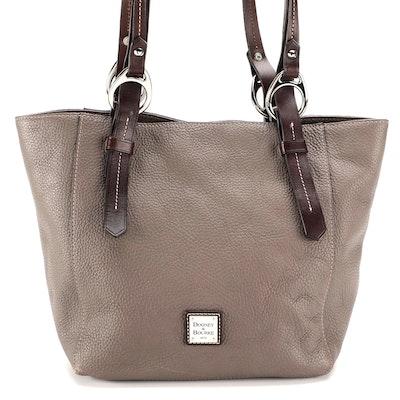 Dooney & Bourke Shoulder Bag in Pebble Grain Leather