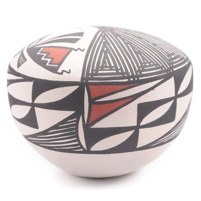 Acoma Pueblo Earthenware Seed Pot by Vallo