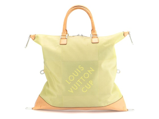 Totes, Clutches, Accessories & Everyday Wear Jewelry