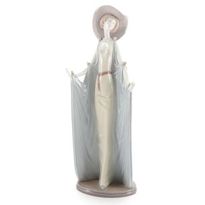 """Lladró """"Afternoon Tea"""" Porcelain Figurine Designed by José Puche"""
