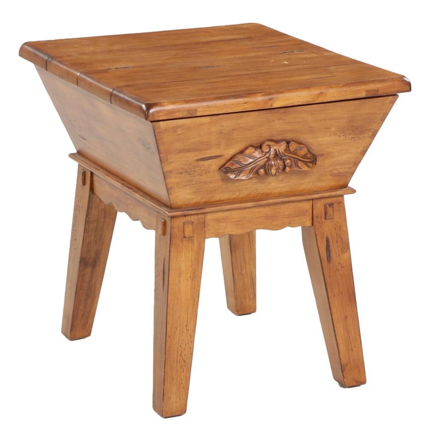 American Primitive Dough Box Style Side Table, Late 20th Century