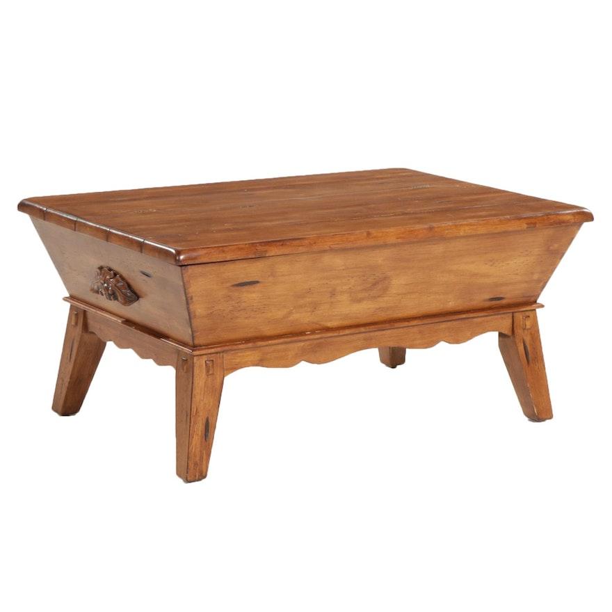 American Primitive Dough Box Style Storage Coffee Table, Late 20th Century