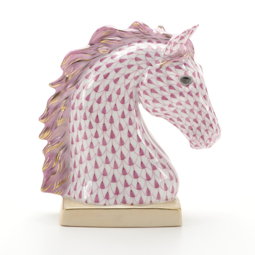 """Herend Raspberry Fishnet with Gold """"Horse Bust"""" Porcelain Figurine"""