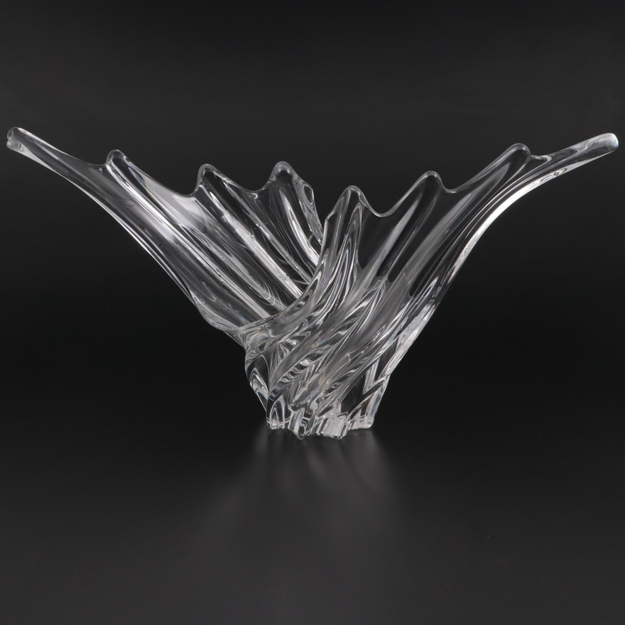Vannes le Châtel Crystal Centerpiece Bowl, Mid to Late 20th Century