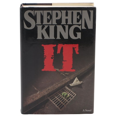 """First Edition """"IT"""" by Stephen King, 1986"""