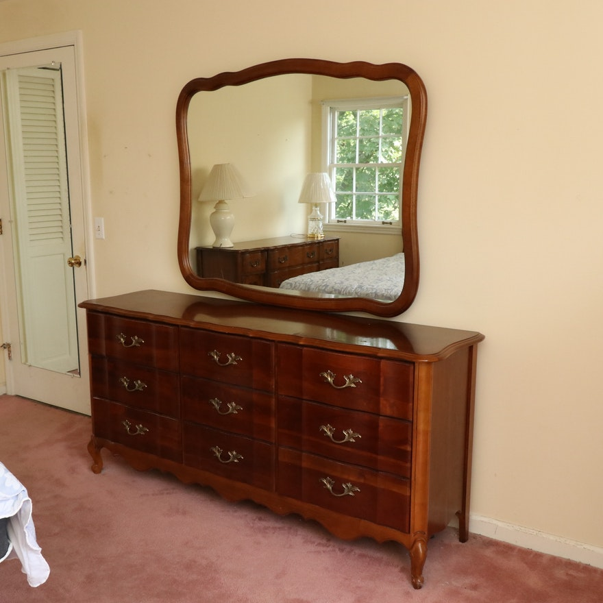 Broyhill French Provincial Style Nine-Drawer Wooden Dresser with Mirror