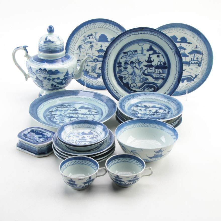 Chinese Export Canton Teapot and Other Tableware, Antique