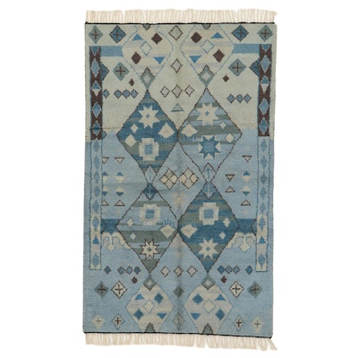 4'11 x 8'9 Hand-Knotted Indo-Moroccan Shag Rug, 2010s